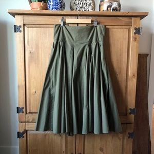 Anthropologie Odille Green Curtsy Skirt Size 10